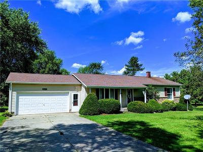 Ashtabula Single Family Home For Sale: 2855 Plymouth Gageville Road