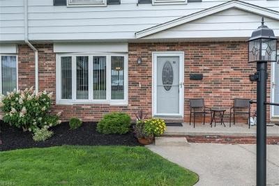 Parma Condo/Townhouse For Sale: 6486 State Road #C18