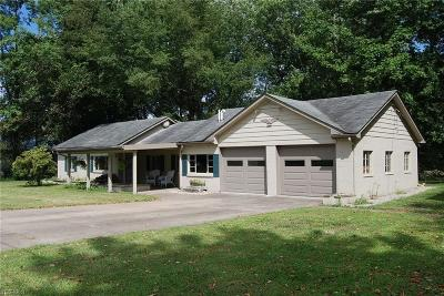 Zanesville Single Family Home For Sale: 3570 Riverside Airport Road