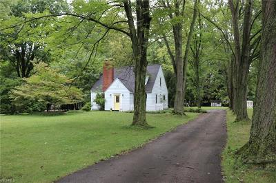 Single Family Home For Sale: 4519 Dover Center Road