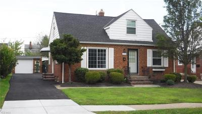 Mayfield Heights Single Family Home Active Under Contract: 1370 Commonwealth Avenue