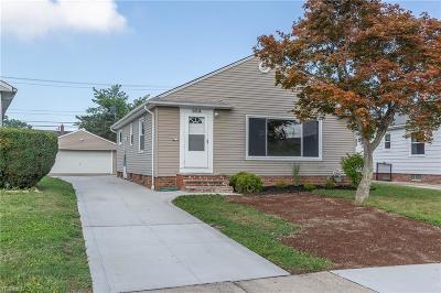 Willowick Single Family Home For Sale: 664 Glenhurst Road