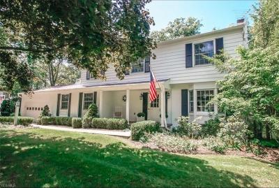 Chagrin Falls Single Family Home For Sale: 561 Coy Lane