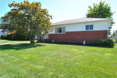 Willowick Single Family Home Active Under Contract: 30120 Barjode Road
