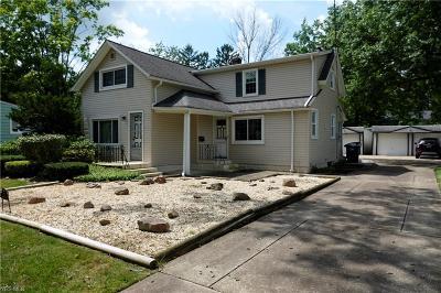 Lyndhurst Single Family Home For Sale: 1720 Brainard Road