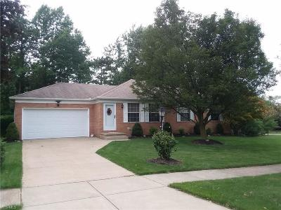 Strongsville OH Single Family Home Active Under Contract: $179,900