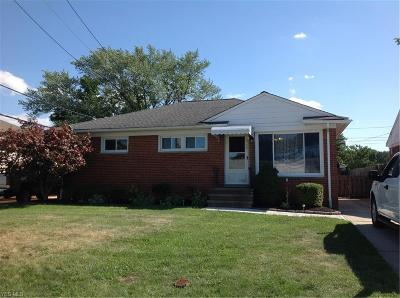 Willowick Single Family Home Active Under Contract: 31706 Royalview Drive