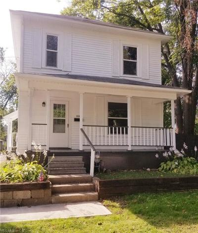 Cambridge Single Family Home For Sale: 318 S 7th Street