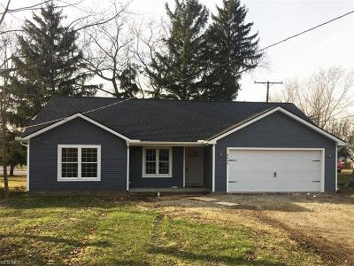 Lake County Single Family Home For Sale: 8039 Charlesderry Road