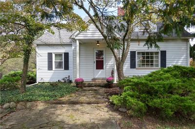 Chagrin Falls Single Family Home Active Under Contract: 8866 E Washington Street