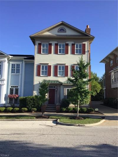 Beachwood, Chagrin Falls, Lyndhurst, Seven Hills, Solon, Aurora, Hudson, Kent, Reminderville, Sagamore Hills, Twinsburg Condo/Townhouse For Sale: 25 Clinton Street