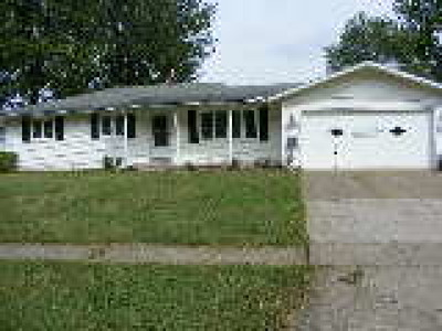 Lorain County Single Family Home For Sale: 930 Hartford Drive