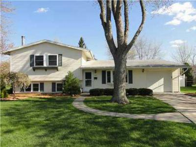 Single Family Home Sold: 11731 Kingsgate Ct