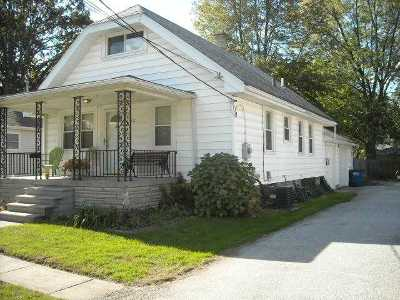Single Family Home Sold: 5211 Rowland Rd