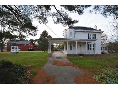Waterville Single Family Home Contingent: 6330 N River Road