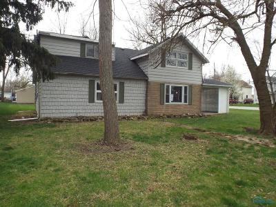 Perrysburg Single Family Home For Sale: 448 W 3rd Street