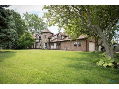 Lucas County Single Family Home For Sale: 5846 Cedar Point Road