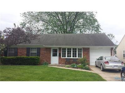 Maumee Single Family Home For Sale: 1748 Parkway Drive