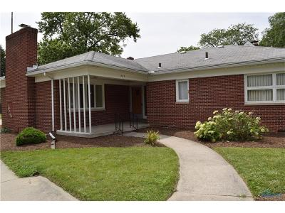 Maumee Single Family Home For Sale: 737 W Carisbrook Drive