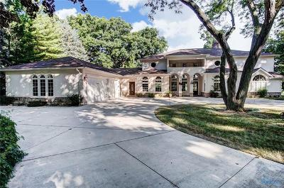 Rossford Single Family Home Contingent: 510 Riverside Drive