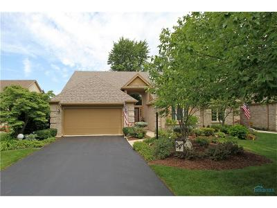 Holland Condo/Townhouse For Sale: 8642 Quail Hollow Court