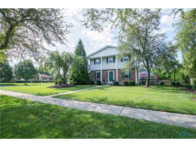 Maumee Single Family Home Contingent: 414 Chesterfield Lane