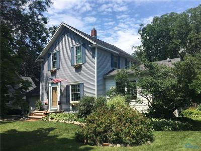 Perrysburg Single Family Home For Sale: 341 E Indiana Avenue