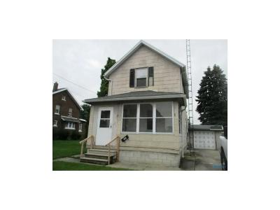 Rossford Single Family Home For Sale: 125 Bacon Street