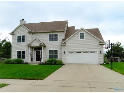 Perrysburg Single Family Home For Sale: 688 Prairie Rose Drive