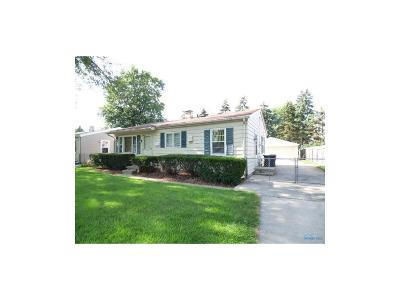 Maumee Single Family Home Contingent: 1340 Chantilly Drive