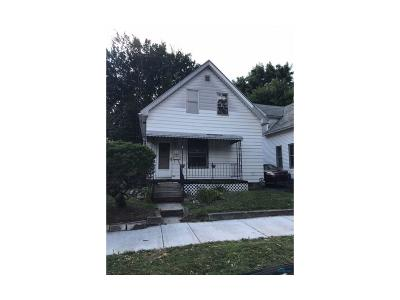 Single Family Home For Sale: 713 N Miller Street
