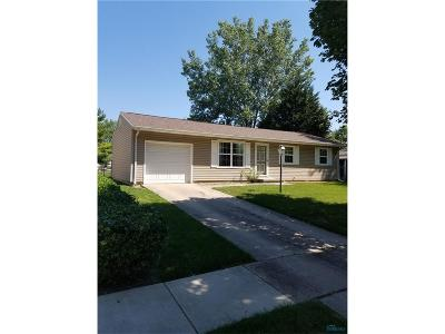 Oregon Single Family Home For Sale: 3233 Flame Drive