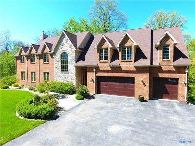 Ottawa Hills, Monclova, Oregon, Rossford, Swanton, Berkey, Metamora, Lyons, Whitehouse, Waterville Single Family Home For Sale: 4590 Brittany Road