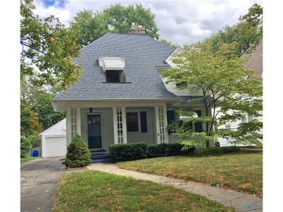 Toledo Single Family Home For Sale: 3728 Woodmont Road