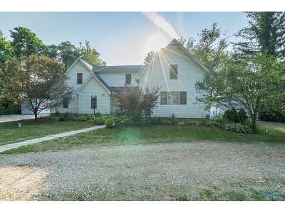 Holland Single Family Home Contingent: 1129 S Crissey Road