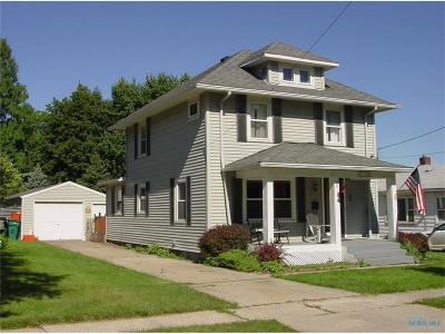Rossford Single Family Home Contingent: 233 Hannum Avenue