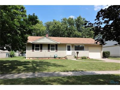 Maumee Single Family Home Contingent: 1328 Birch Avenue