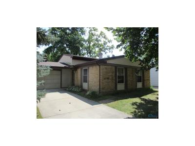Toledo Single Family Home For Sale: 5 Dunderry Lane
