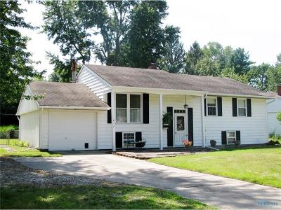 Waterville Single Family Home For Sale: 817 Cherry Lane