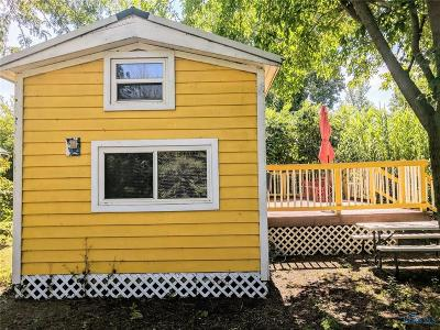 Single Family Home For Sale: 1233 Fox #43