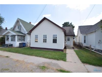 Single Family Home For Sale: 3910 Canada Southern Avenue