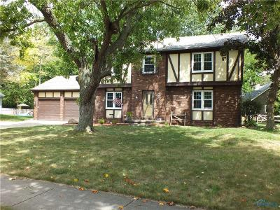 Waterville Single Family Home Contingent: 720 Village Parkway