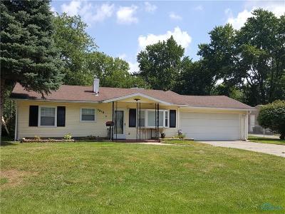 Sylvania Single Family Home For Sale: 5810 Hollybrook Lane