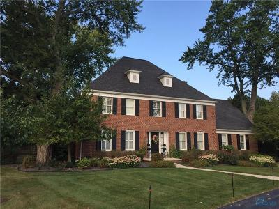 Perrysburg Single Family Home For Sale: 30059 Waterford Drive