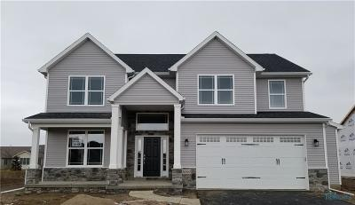 Perrysburg Single Family Home For Sale: 26360 Summer Trace Drive