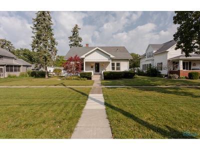 Perrysburg Single Family Home For Sale: 309 E Indiana Avenue