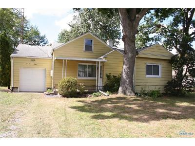 Holland Single Family Home Contingent: 516 Harefoote Street