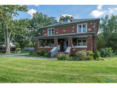Ottawa Hills, Monclova, Oregon, Rossford, Swanton, Berkey, Metamora, Lyons, Whitehouse, Waterville Single Family Home For Sale: 10335 Sylvania Metamora Road