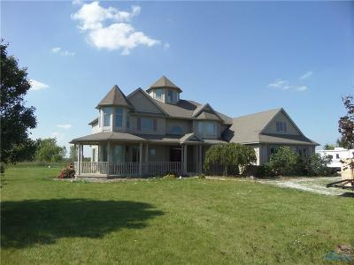 Lucas County Single Family Home For Sale: 200 S Cousino Road