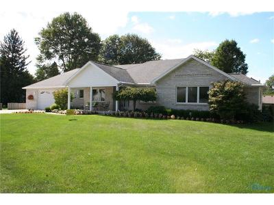 Lucas County Single Family Home For Sale: 1855 Plympton Circle